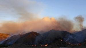 산타 클라리타 '샌드 파이어' 2만2,000 에이커 태워