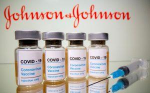 FDA,,  모더나와 존슨 앤 존슨 부스터 샷 승인, 교차접종도 허용