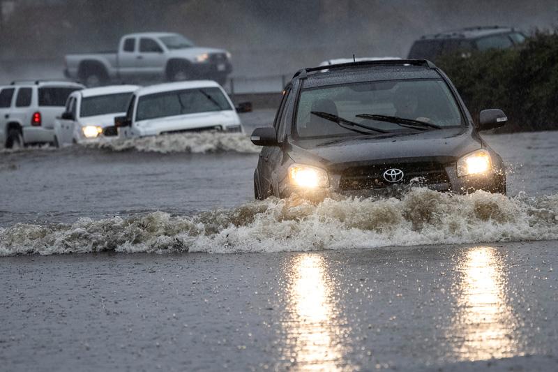 산불·가뭄이 할퀸 캘리포니아, 이번엔 '역대급' 폭우 강타